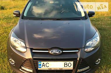 Ford Focus Trend Sport + 2012