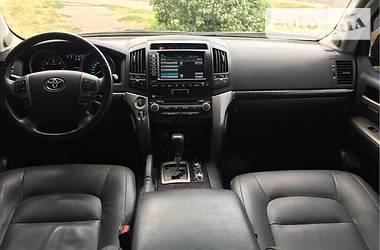 Toyota Land Cruiser 200 2010