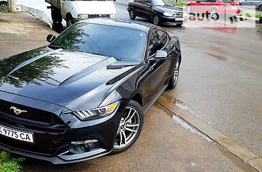 Ford Mustang 2.3i EcoBoost 2015