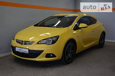 Opel Astra GTC GTC 1.4T 2011