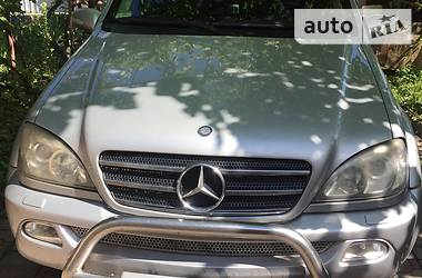 Mercedes-Benz ML 400 2004