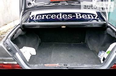 Mercedes-Benz 230 1985