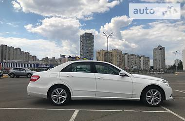Mercedes-Benz E 220 Avantgarde AIRMATIC 2012