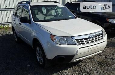 Subaru Forester 2.5  2013