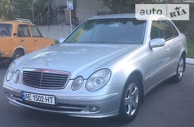 Mercedes-Benz E 240 Elegance 2002