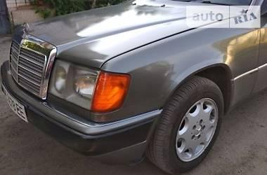 Mercedes-Benz W114/W115 1992