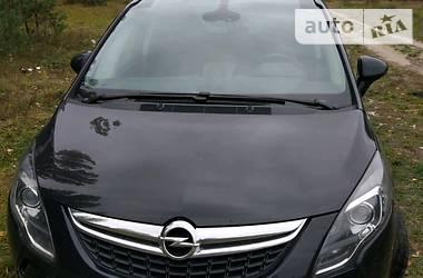 Opel Zafira panorama 2012