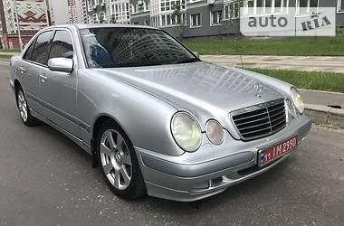 Mercedes-Benz 240 2000