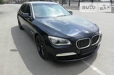 BMW 750 2013