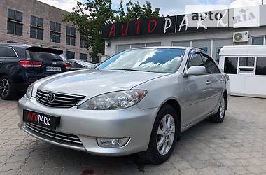 Toyota Camry 2.4XLE 2004