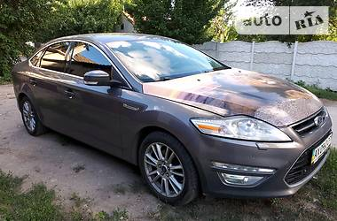 Ford Mondeo FULL 2011
