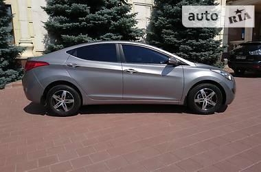 Hyundai Elantra OFFICIAL 2012