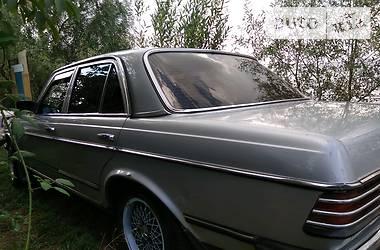 Mercedes-Benz 300 123 1980