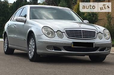 Mercedes-Benz E 320 IDEAI 2004