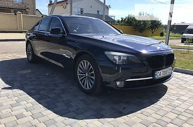 BMW 740 3.0i bi-turbo 2009