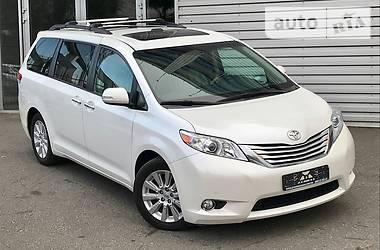Toyota Sienna LIMITED AWD 2013