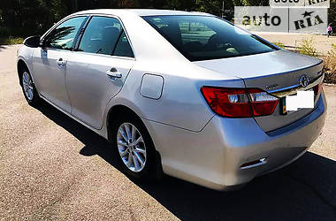 Toyota Camry 2.5=COMFORT 2012