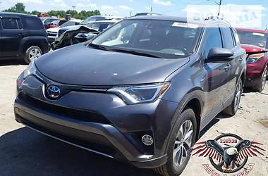 Toyota Rav 4 HV XLE 2017