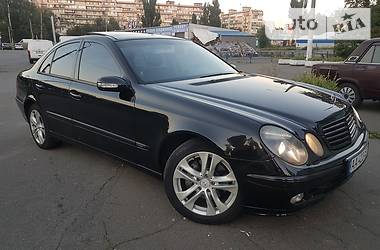 Mercedes-Benz E 320 Avantgarde 2004