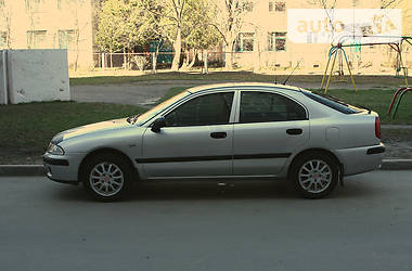 Mitsubishi Carisma 2000