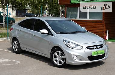 Hyundai Accent 1.6i AT 2011