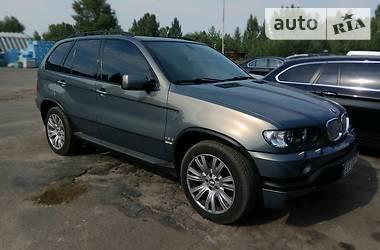 BMW X5 4.6 is 2003