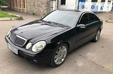 Mercedes-Benz E 220 2003