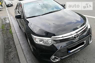 Toyota Camry 55 2017
