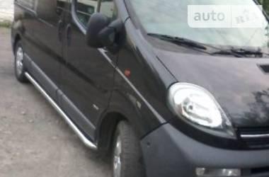 Opel Vivaro груз.-пасс. Lang.74kw.Clima 2006