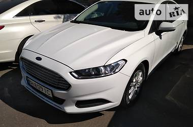 Ford Fusion Mondeo 2015
