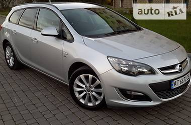 Opel Astra J Astra Sports Tourer 2013