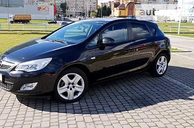 Opel Astra J ENJOY 2012