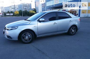 Kia Cerato mid at 2012