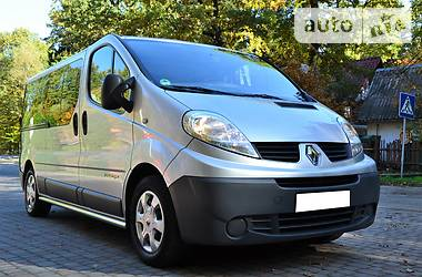Renault Trafic пасс. Long 2.0 2013