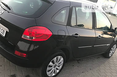 Renault Clio CLIMA NAVI IDEAL20TH 2010