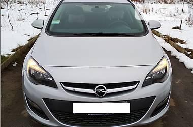 Opel Astra J Sports Tourer 2012