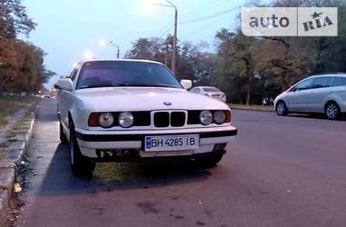 BMW 520 М50Б20 1990