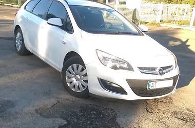 Opel Astra J Sport Tourer 2013