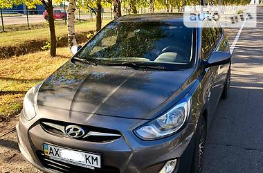 Hyundai Accent 1.6i 2012