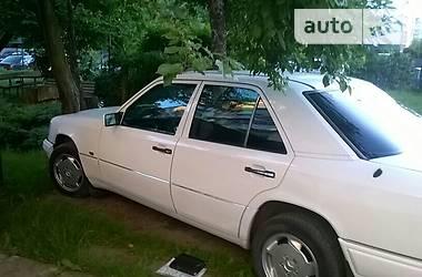 Mercedes-Benz 300 1993