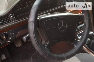 Mercedes-Benz 250 1993