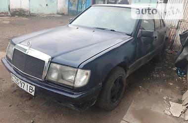 Mercedes-Benz E 200 1987
