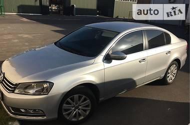 Volkswagen Passat B7 OFICIAL 2012