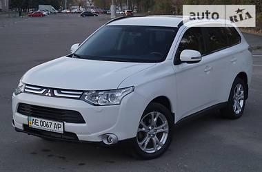 Mitsubishi Outlander 2.4 INSTYLE 4WD 2013