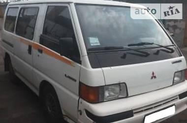 Mitsubishi L 300 пасс. 8+1 1990