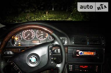 BMW 525  Exclusive edition 2002