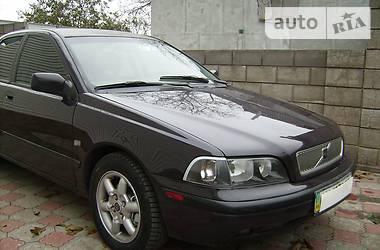 Volvo S40 2000