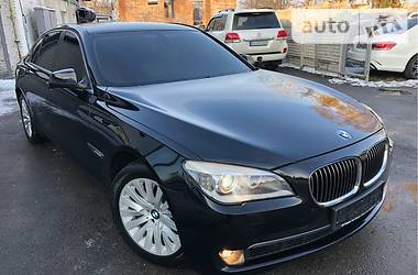 BMW 730 2010