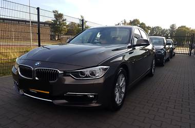 BMW 320 Luxury line 2012