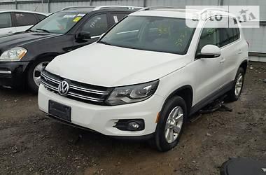 Volkswagen Tiguan  2012
